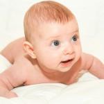 bébé agé de 3 mois